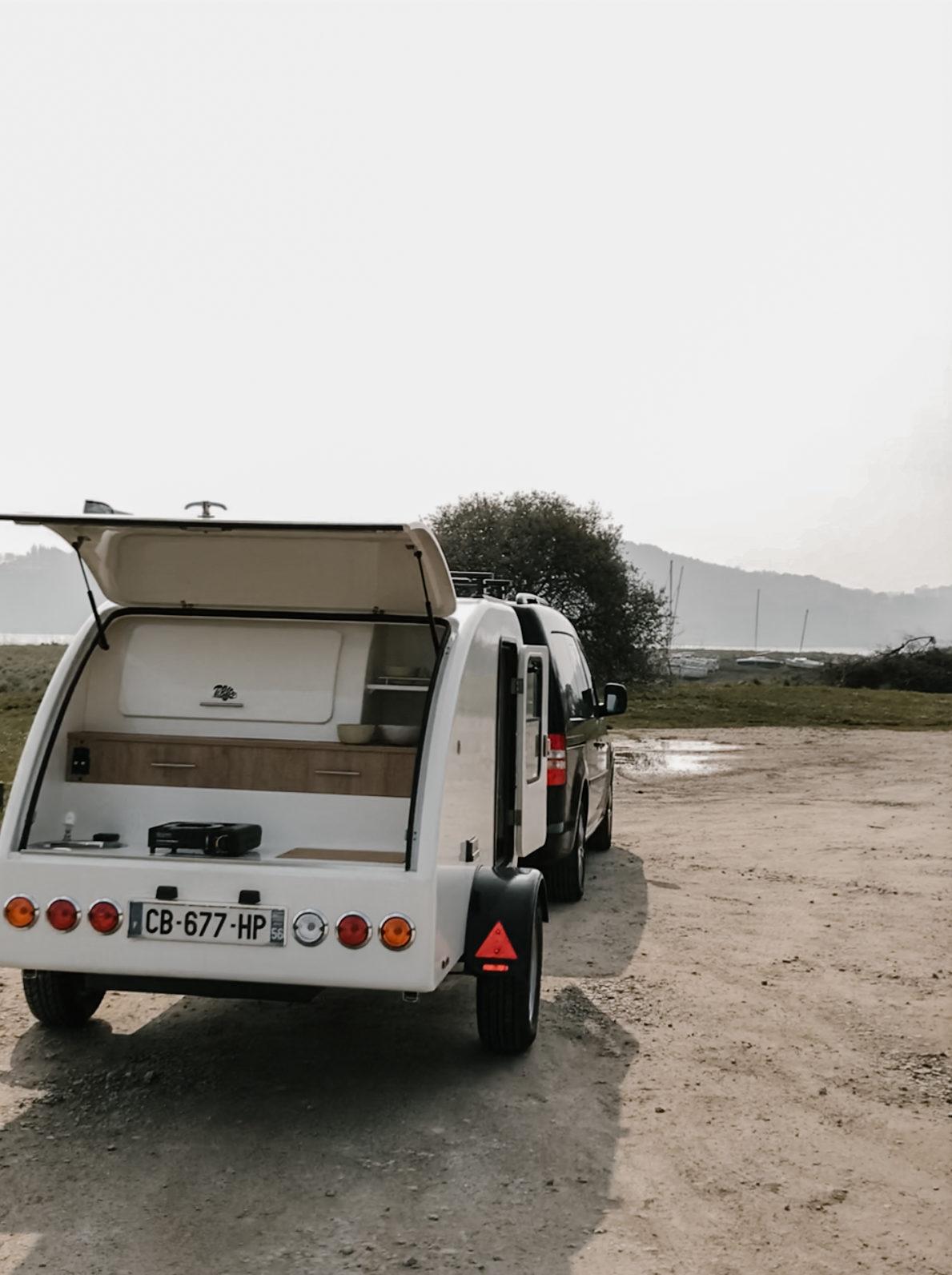 mini caravane tear drop cassiop e la grande ourse. Black Bedroom Furniture Sets. Home Design Ideas